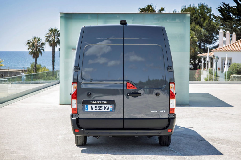 Renault Master Review 2020 Parkers