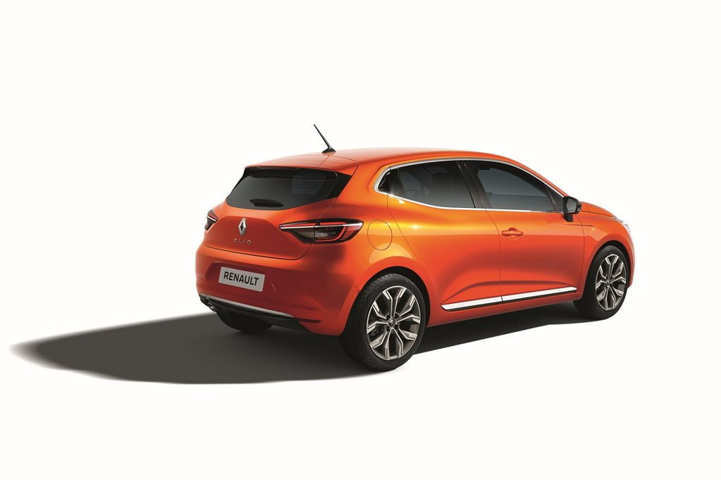 Renault Clio Steps Out Before Geneva Debut